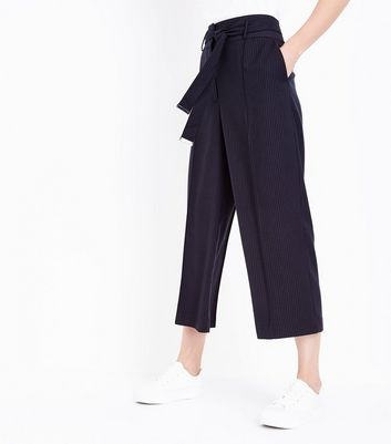Navy Pinstripe Wide Leg Cropped Trousers New Look