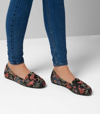 Wide Fit Black Floral Brocade Loafers New Look
