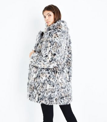 Blue Vanilla White Leopard Print Faux Fur Coat New Look
