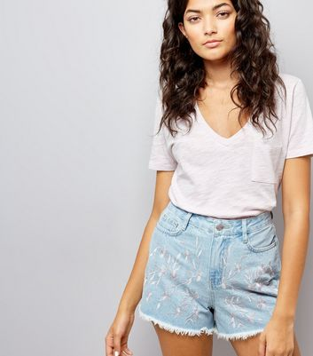 Blue Floral Embroidered Denim Shorts New Look