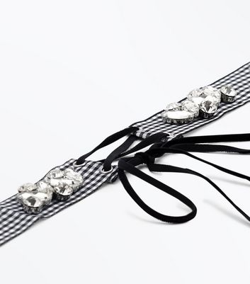 Gingham Embellished Lace Up Choker New Look