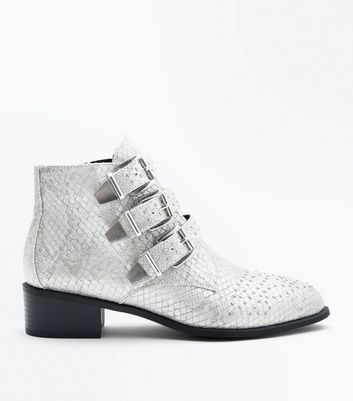 Wide Fit Grey Snake Texture Stud Buckle Ankle Boots New Look