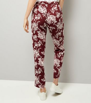 Red Floral Print Tie Waist Joggers New Look
