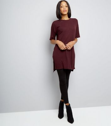 Burgundy Split Side Longline T-Shirt New Look