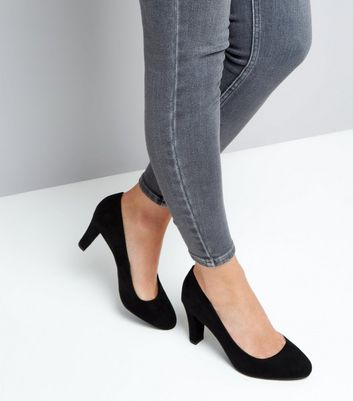 Black Comfort Flex Suedette Block Heel Court Shoes New Look