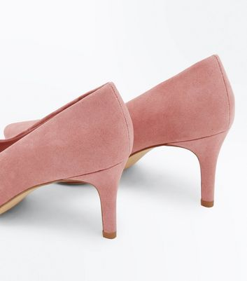 Wide Fit Pink Suedette Pointed Courts New Look