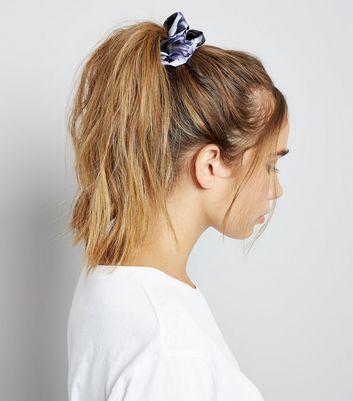 black-floral-print-scrunchie