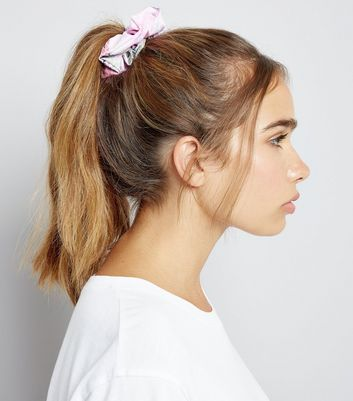 Pink Blurry Tie Dye Print Scrunchie New Look