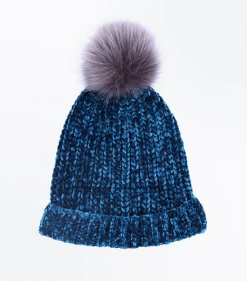 Teal Chenille Knit Faux Fur Pom Pom Hat New Look