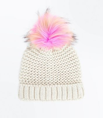 PInk Faux Fur Pom Pom Knitted Hat New Look