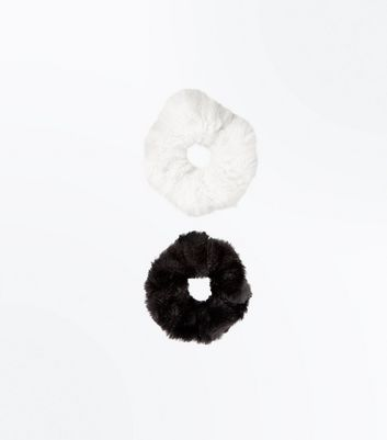2 Pack Monochrome Faux Fur Scrunchies New Look