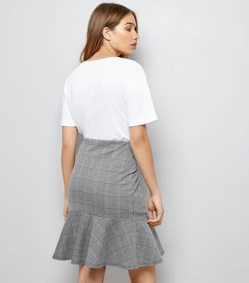 Innocence Black Check Frill Hem Skirt New Look