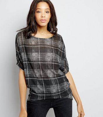 Black Check Batwing Sleeve Top New Look