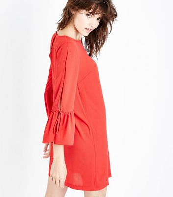 Red Split Bell Sleeve Tunic Dress New Look