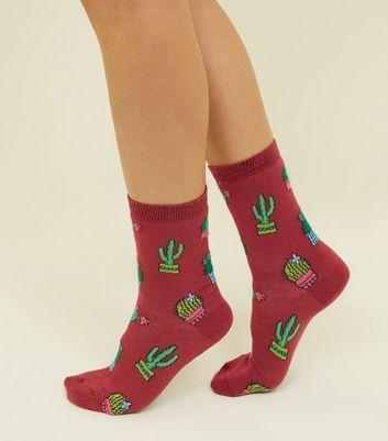 1 Pack Burgundy Cactus Print Socks New Look