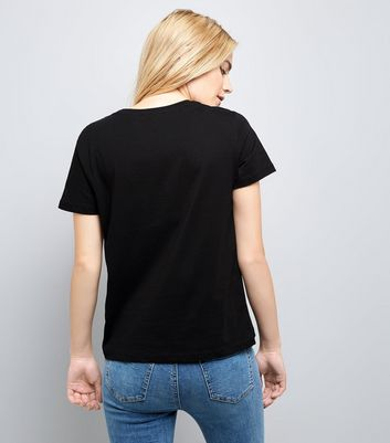 Black Scallop Lace Panel T-Shirt New Look