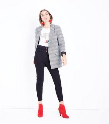 Tall – Schwarze High Waist Skinny Jeans mit Knopfleiste Für später speichern Von gespeicherten Artikeln entfernen