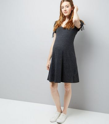 Maternity Grey Marl Ruched Tie Sleeve Dress New Look