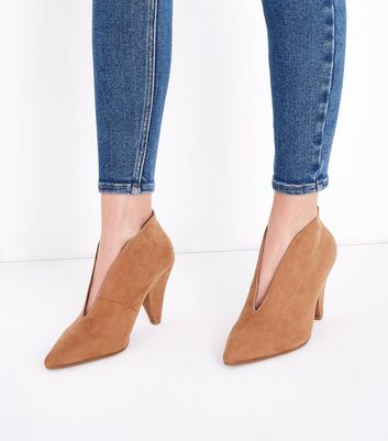 Wide Fit Tan Suedette V Front Shoe Boot New Look
