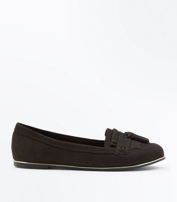 Black Snake Texture Fringe Trim Loafers New Look