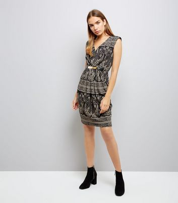 Mela Black Paisley Print Metal Plate Waist Dress New Look