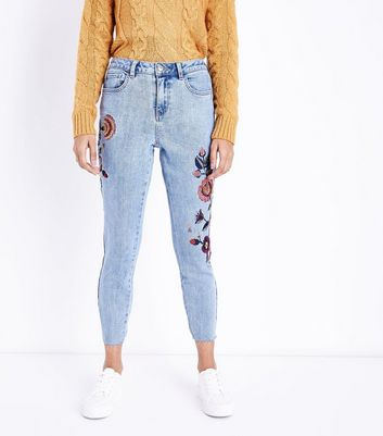 Petite Pale Blue Floral Embroidered Cropped Skinny Jeans New Look