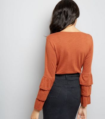 Rust Tiered Frill Sleeve Top New Look