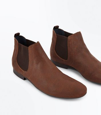Tan Pointed Toe Chelsea Boots New Look