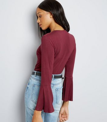 Burgundy V Neck Bell Sleeve Top New Look