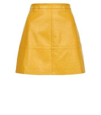 Petite Yellow Leather-Look Mini Skirt New Look