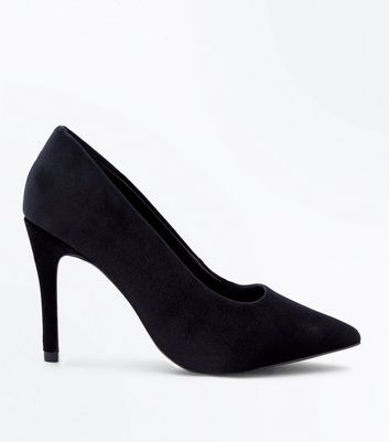 Wide Fit Black Velvet Pointed Courts New Look