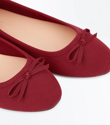Wide Fit Dark Red Ribbed Ballet Pumps New Look