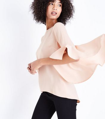Shell Pink Split Flared Sleeve Top New Look