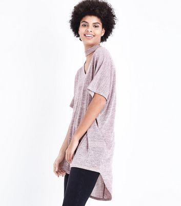 Mid Pink Dip Hem Choker Neck T-Shirt New Look