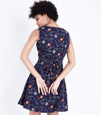 Mela Navy Foral Print Sleeveless Dress New Look