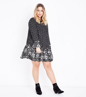 Curves Black Contrast Floral Print Smock Dress New Look