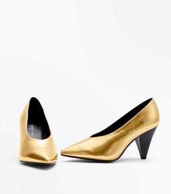 Wide Fit Gold Metallic Cone Heel Courts New Look