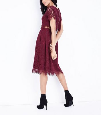 Burgundy Lace Scallop Hem Crop Top New Look