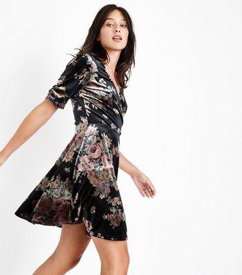 Black Velvet Floral Print Wrap Dress New Look