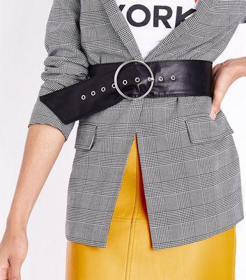 Black Leather-Look Circle Buckle Waist Belt New Look