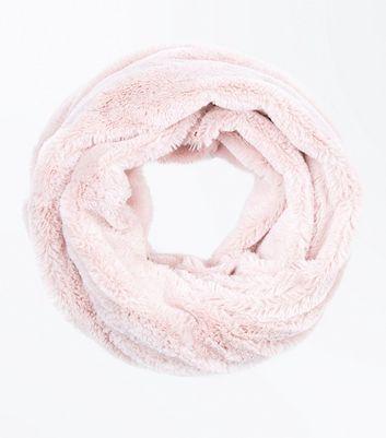 Pink Teddy Faux Fur Snood New Look