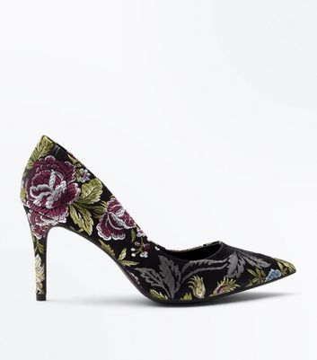 Black Floral Jacquard Pointed Court Shoes New Look