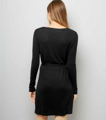 Mela Black V Neck Long Sleeve Dress New Look