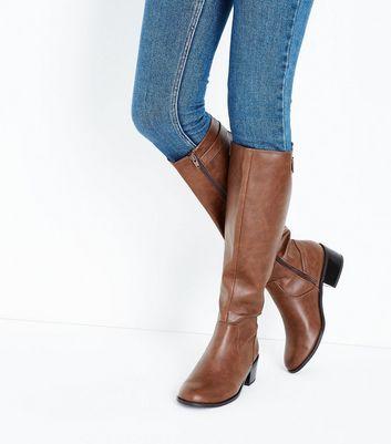 Bottes hautes confortables en daim ocre à talons bloc | New Look