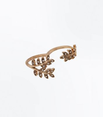 Gold Embellished Leaf Double Ring New Look