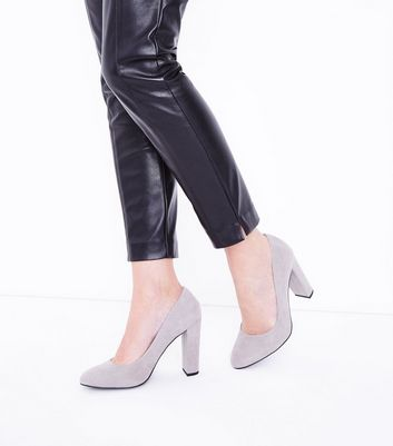 Wide Fit Grey Suedette Block Heel Courts New Look
