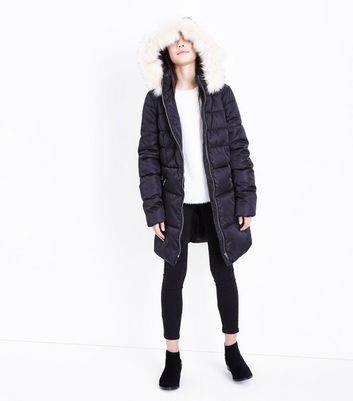 Teens Black Longline Belted Puffer Jacket New Look