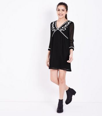 Teens Black Floral Embroidered Smock Dress New Look