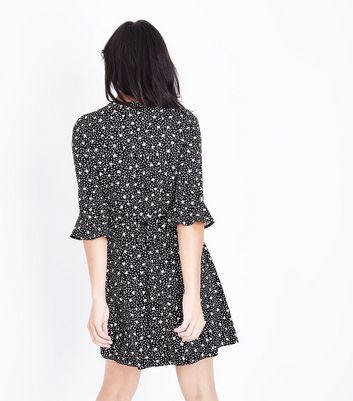 Black Floral Lace Up Frill Trim Skater Dress New Look