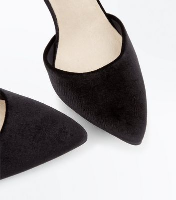 Black Comfort Flex Velvet Pointed Courts New Look